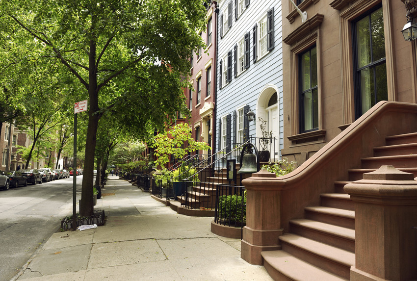 beautiful rowhouses in the heights